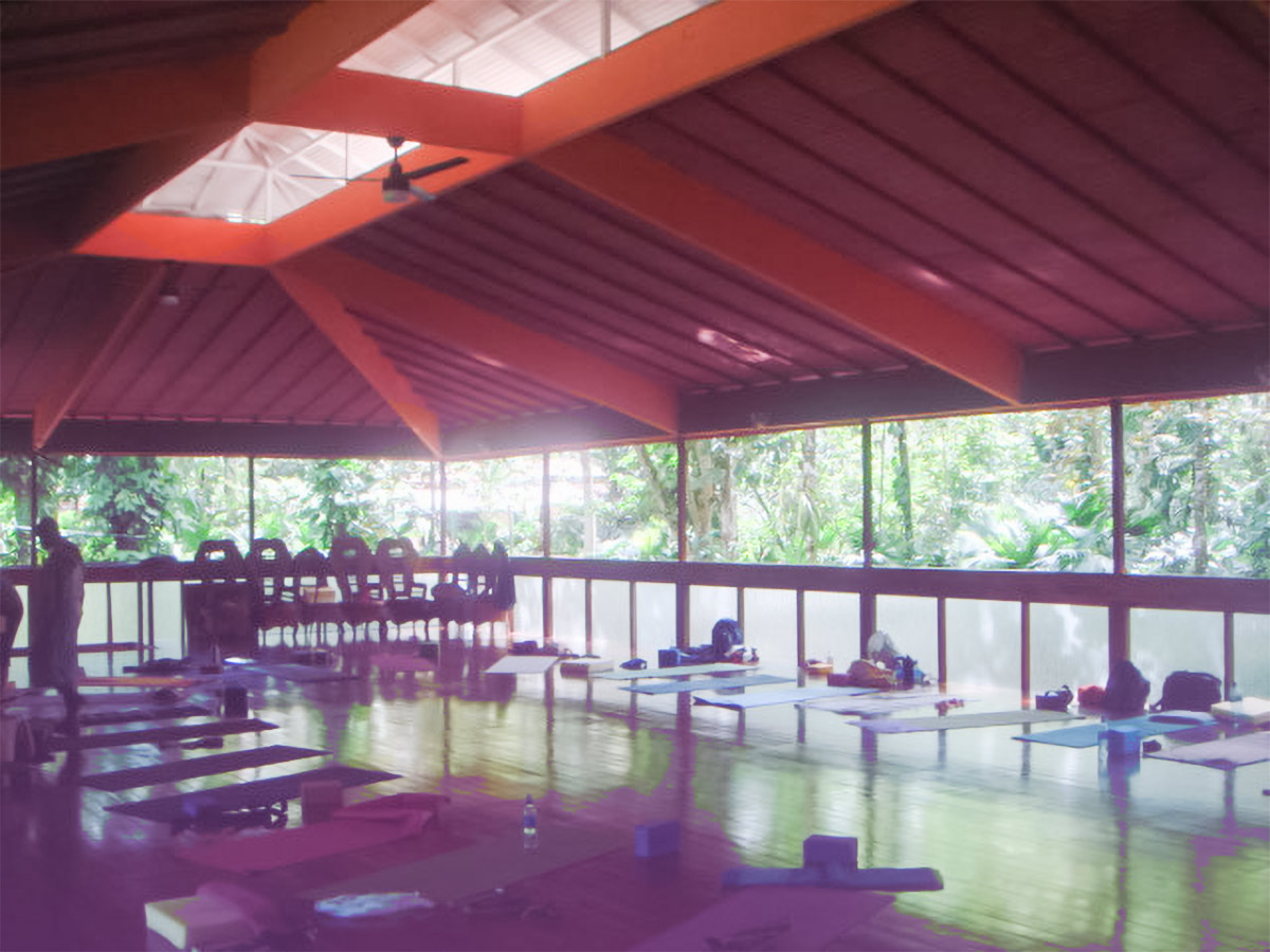 lky yoga retreats